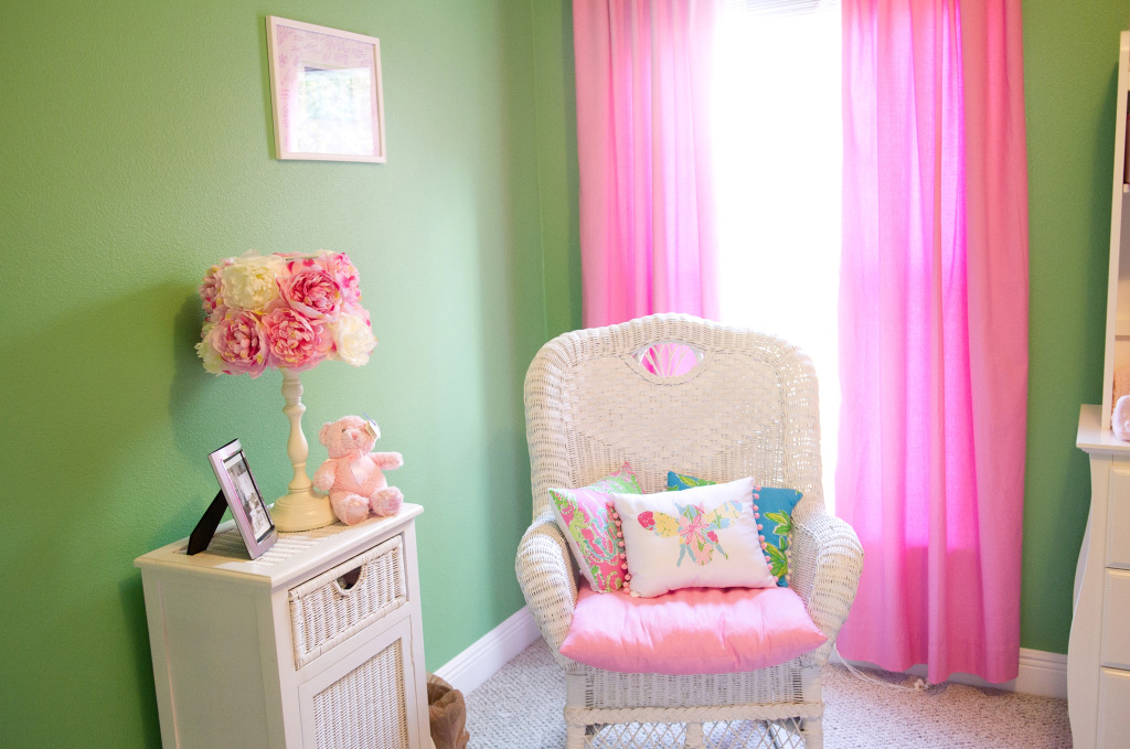 Read about how I created a Lilly Pulitzer inspired baby nursery for my daughter, born March 2012.