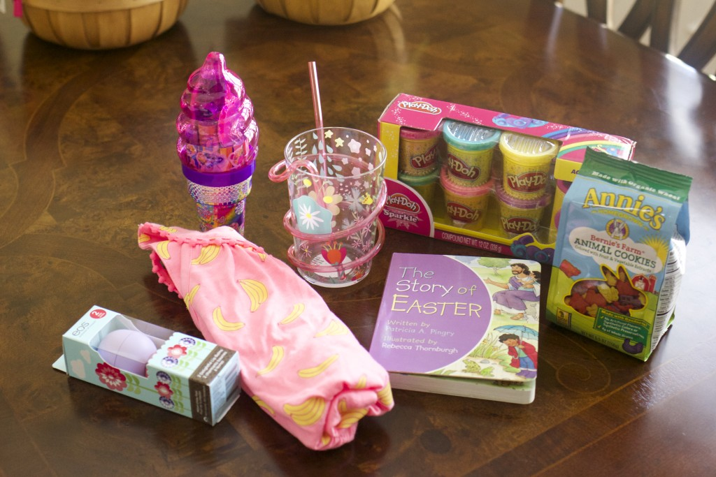 Easter basket ideas from www.thechampagnesupernova.com