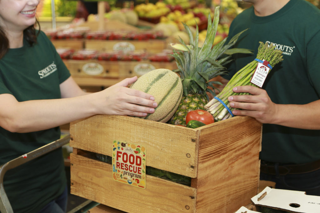 Ways that Sprouts Farmers Market gives back to the local community | The Champagne Supernova