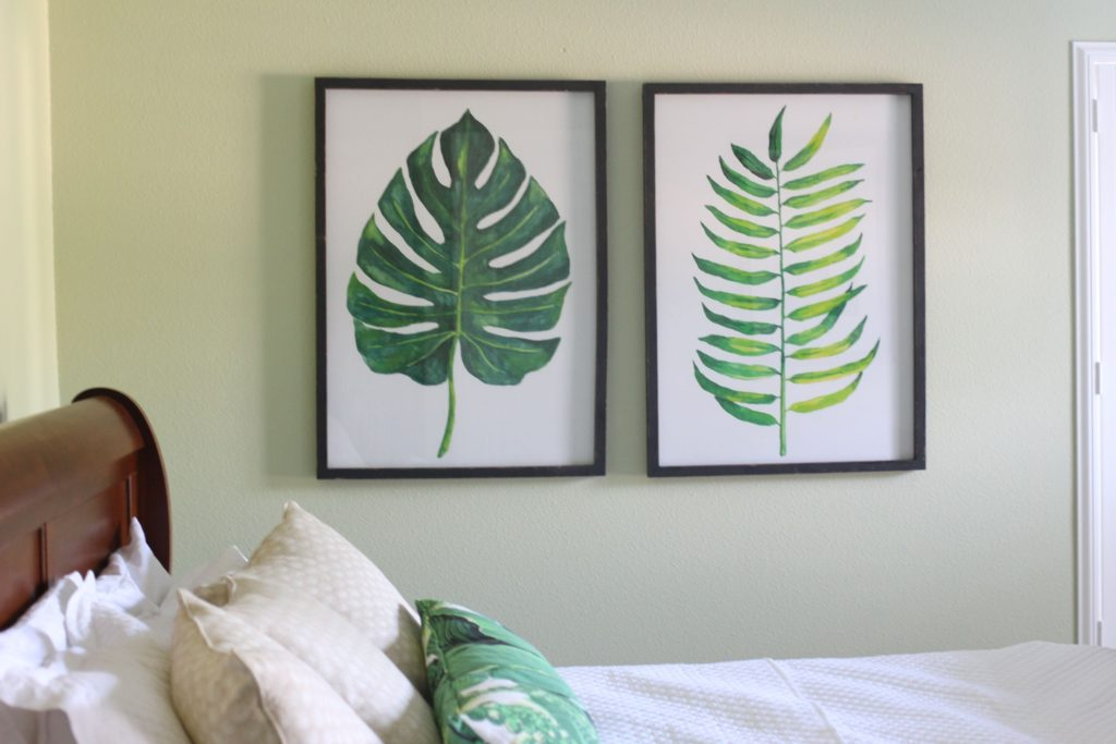 Ideas for how to redecorate a guest bedroom | The Champagne Supernova