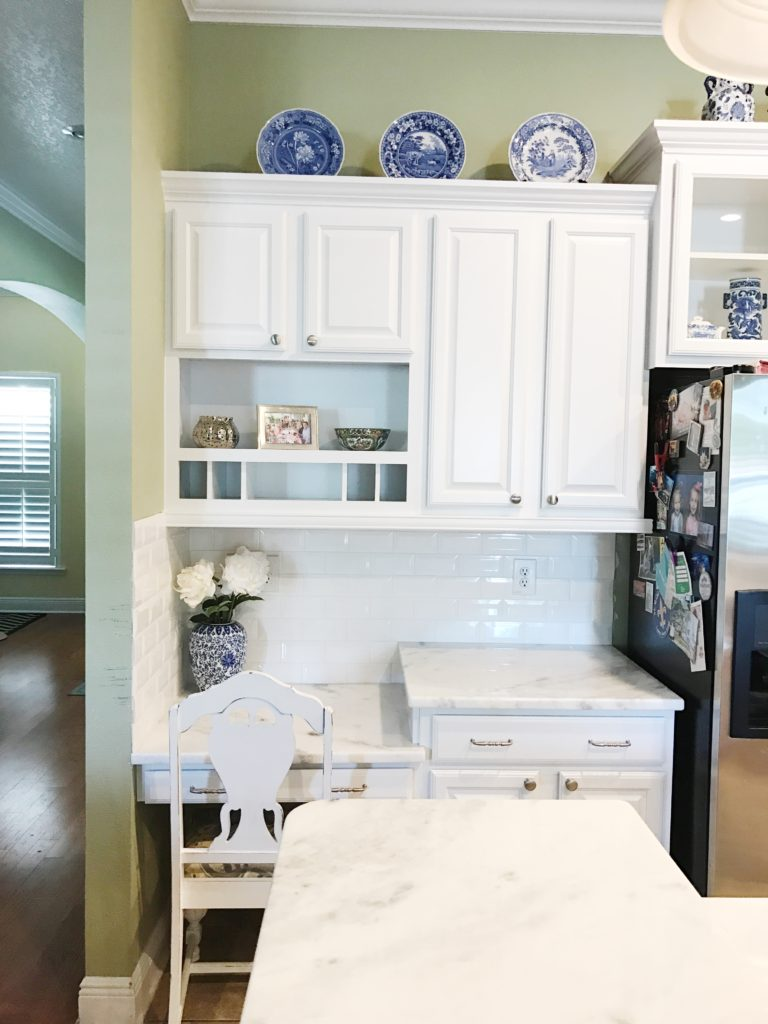 White kitchen remodel | The Champagne Supernova