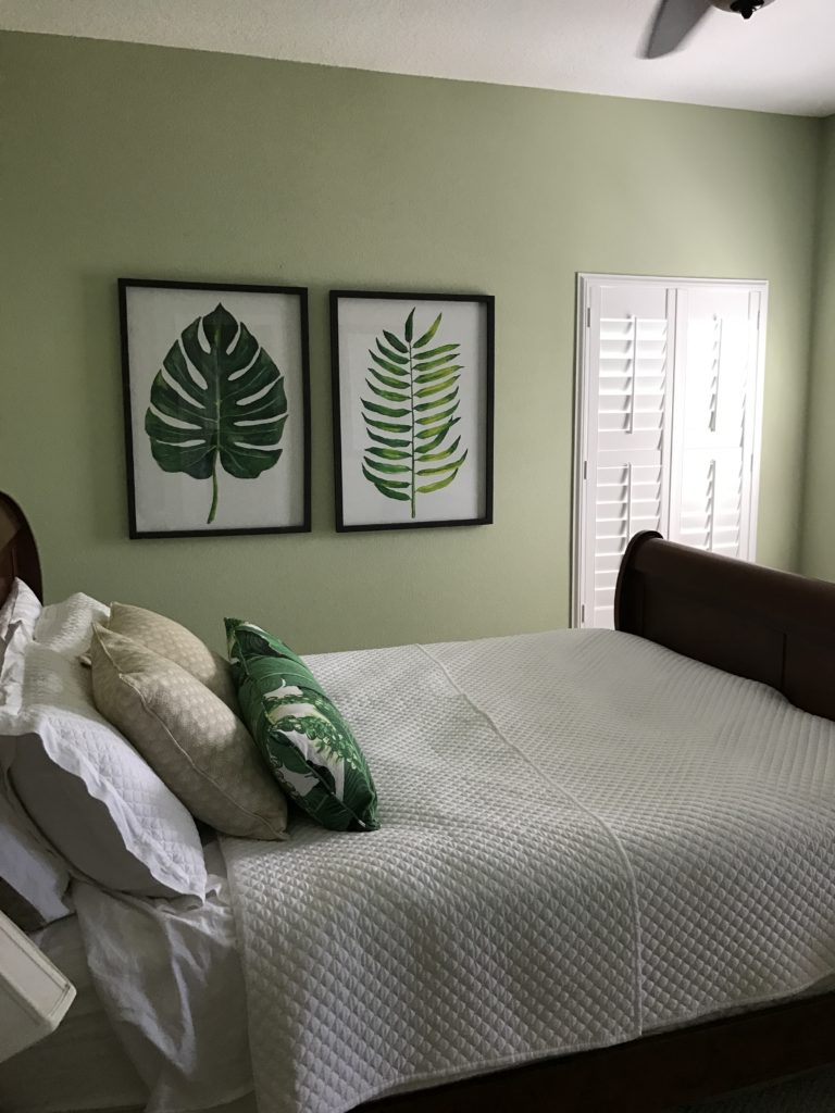 How to inexpensively redecorate a bedroom   The Champagne Supernova