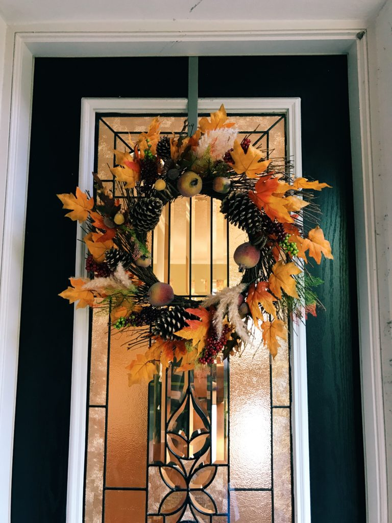 How to decorate for Thanksgiving at Bealls Outlet | The Champagne Supernova